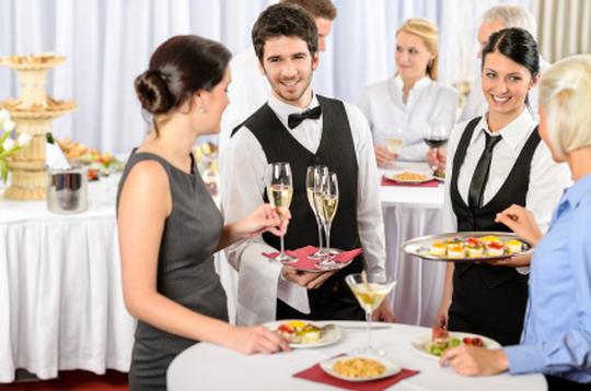 coktails dinatoires pour réceptions mariage baptemes- traiteur 92 nanterre